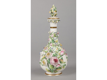 A large Rockingham scent bottle with ...