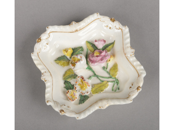 A Rockingham square pin tray with ind...