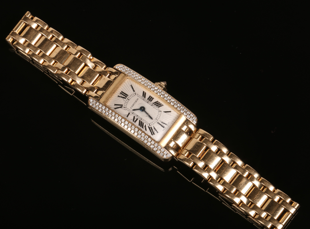 A ladies Cartier tank Americaine quartz